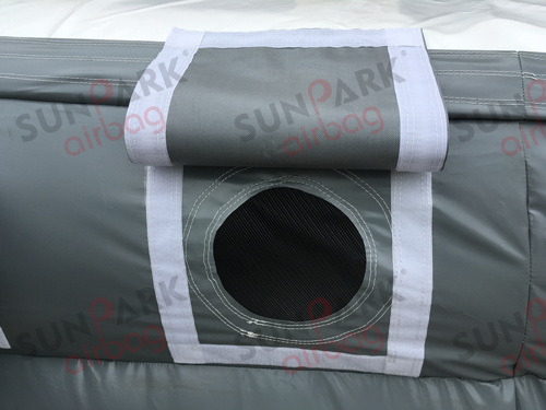 Adjustable Air Vent of Bike Landing Airbag