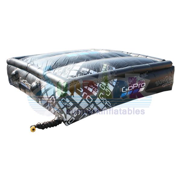 Airbag Jump Snowboard (3)