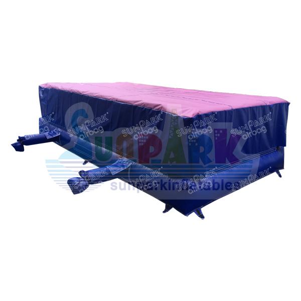 Gymnastics Airbag (1)